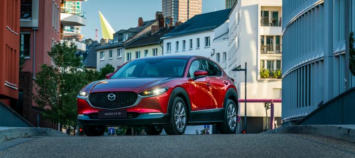 De Mazda CX-30 is getest door AutoWeek